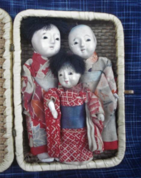 C A 28 dollhouse size play ichimatsue dolls